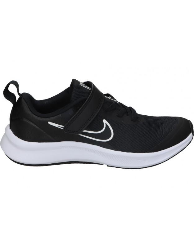 Deportivas color negro de sport nike da2777-003