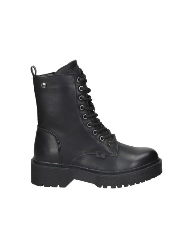 Botines xti 43504 negro para moda joven